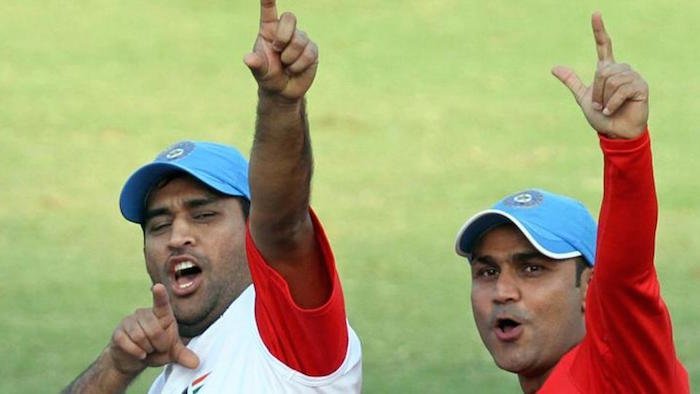 Virender Sehwag tried to troll an online news portal regarding MS Dhoni but he ended up committing a faux pas.