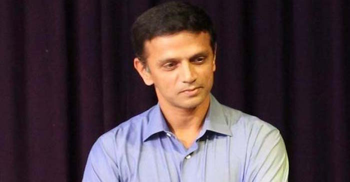 READ : When a female fan refused to leave Rahul Dravid's home