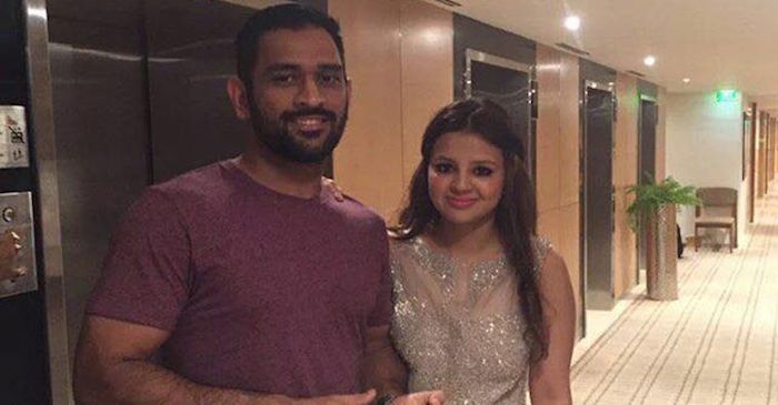 MS Dhoni's proud wife Sakshi leaves a special message for the Captain Cool