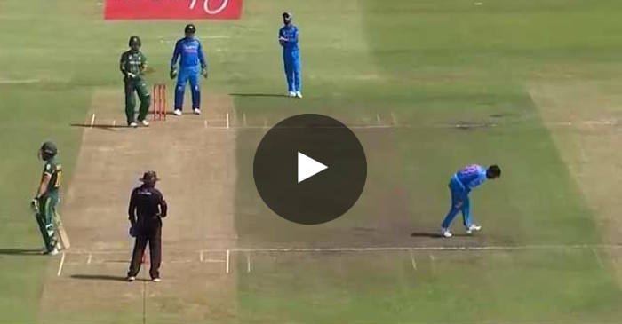 Video: MS Dhoni's hilarious remarks to his teammates from behind the stumps recorded on stump mic