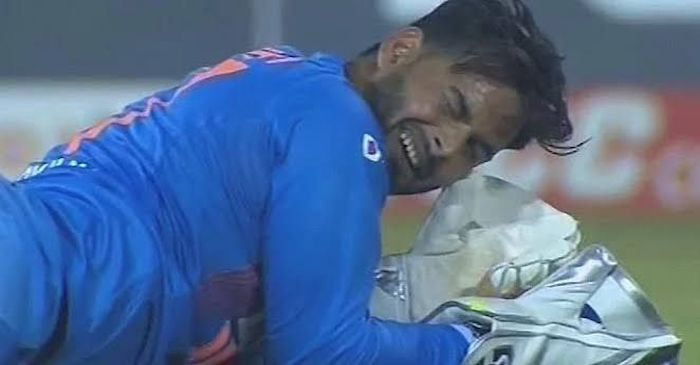 IND vs WI 3rd ODI: Indian fans brutally roasts Rishabh Pant for dropping five catches behind the stumps