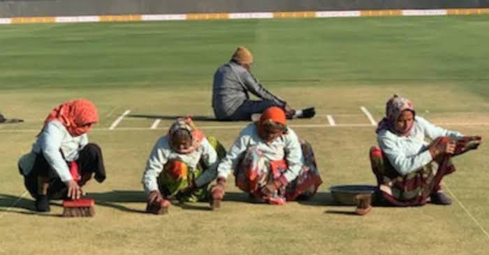 IND vs AUS: WATCH – Four elderly ladies vigorously scrubs grass clippings off the pitch ahead of second ODI