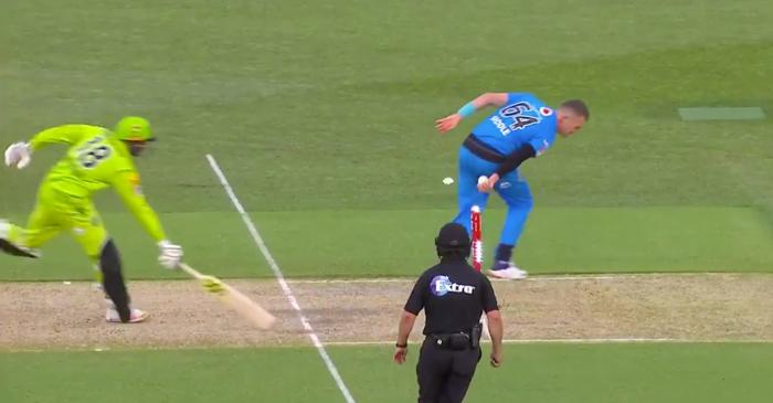 Peter Siddle no-look run-out