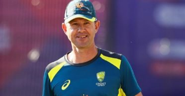 Rocky Ponting names 3 top fielders of all-time