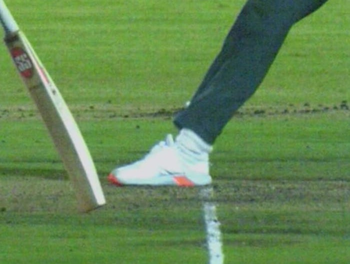 Eoin Morgan's dismissal was a very tight no-ball call which wasn't given as a no-ball
