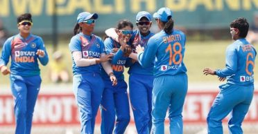Diana Edulji questions psyche of Indian Women's team after loss in tri-series final