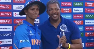 U19 World Cup star Yashasvi Jaiswal's Player of the tournament trophy breaks into pieces
