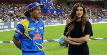 Road Safety World Series: Virender Sehwag reacts hilariously after Sachin Tendulkar elects to bowl first yet again