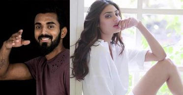 KL Rahul's comment on Athiya Shetty's latest pics has left fans confused