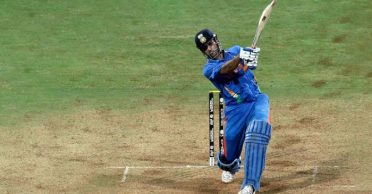 Mumbai Police takes MS Dhoni's exemplary 2011 WC final six to spread awareness about Coronavirus pandemic