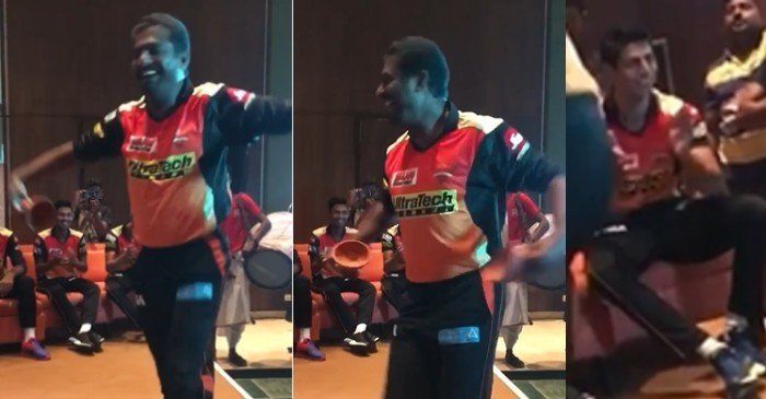 WATCH: David Warner shares a hilarious clip of Muttiah Muralitharan's dance moves, Yuvraj Singh reacts