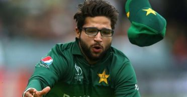 """""""I remember crying in the shower for hours"""": Imam-ul-Haq opens up about the nepotism allegations"""