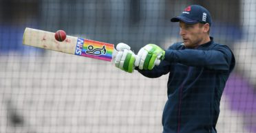 Former England great suggests Jos Buttler only has limited time to save Test career