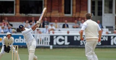 VIDEO: On this day 30 years ago, Kapil Dev struck 4 consecutive sixes to avoid follow-on against England