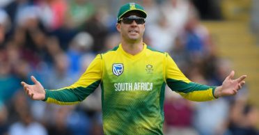 Report: AB de Villiers threatened selectors to leave India tour halfway if Khaya Zondo was included in playing XI