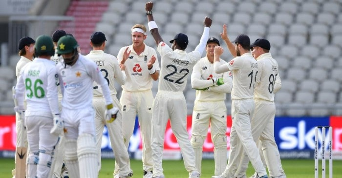 England claim quick wickets in the final session but Pakistan lead by 244 runs after Day 3
