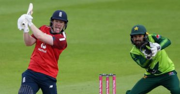 Eoin Morgan-led England complete a record chase against Pakistan in 2nd T20I at the Old Trafford