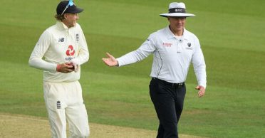 ENG vs PAK: Richard Kettleborough wears a smartwatch during Southampton Test; lands in a mini-controversy