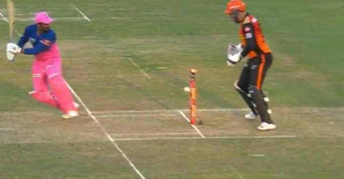 IPL 2020 – WATCH: Rahul Tewatia's bails light up but didn't fall during RR's run-chase against SRH
