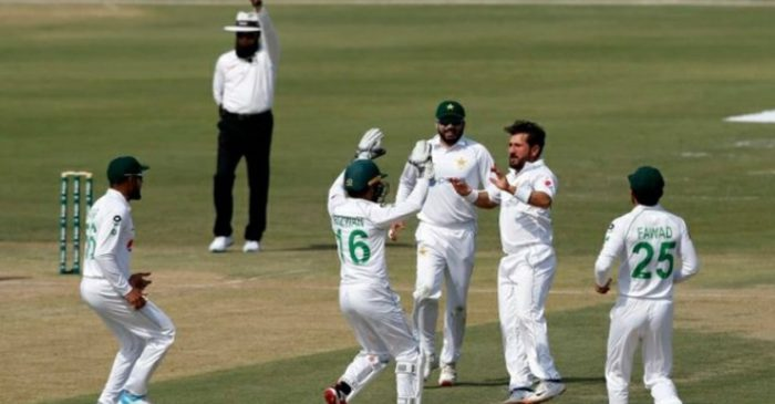 Twitter reactions: Yasir Shah's late strikes reduce South Africa to 187/4 on Day 3