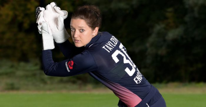 Sarah Taylor joins Sussex staff to become first female coach in men's cricket