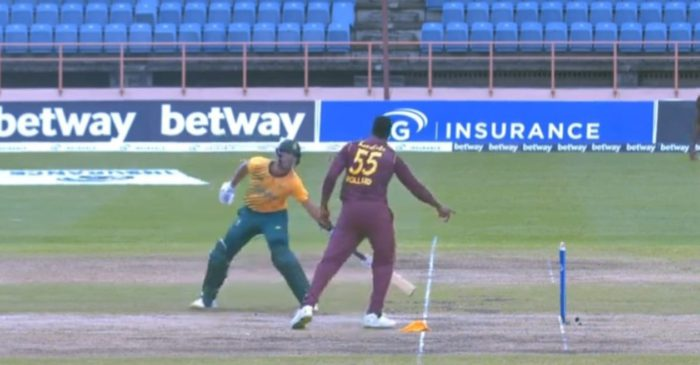 WATCH: Kieron Pollard gives Aiden Markram a 'Mankad' warning for stepping out of his crease