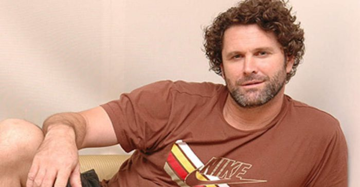 Former New Zealand all-rounder Chris Cairns paralysed in his legs after suffering a stroke
