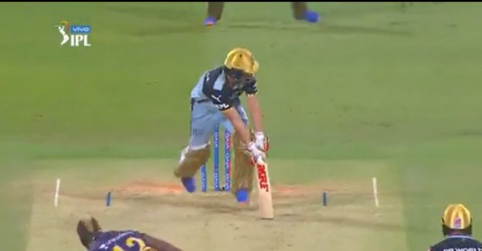 WATCH: Andre Russell cleans up AB de Villiers with a toe-crushing yorker in RCB vs KKR clash – IPL 2021